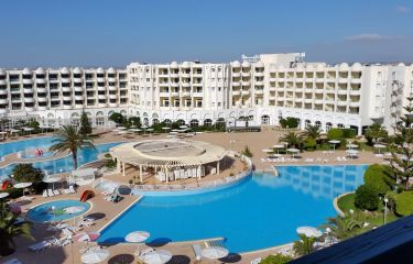 Tunizija, Hotel El Menzah